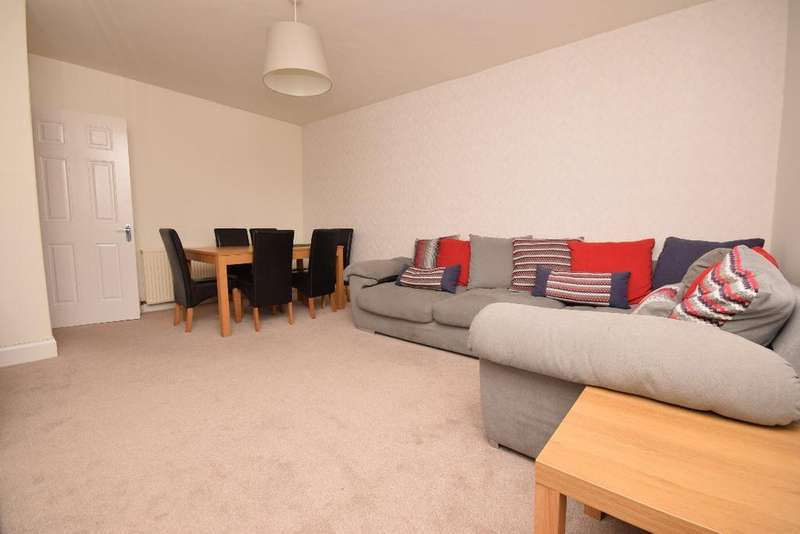 3 Bedrooms Apartment Flat for sale in Redhall Road, Flat 3, Redhall, Edinburgh, EH14 2DP