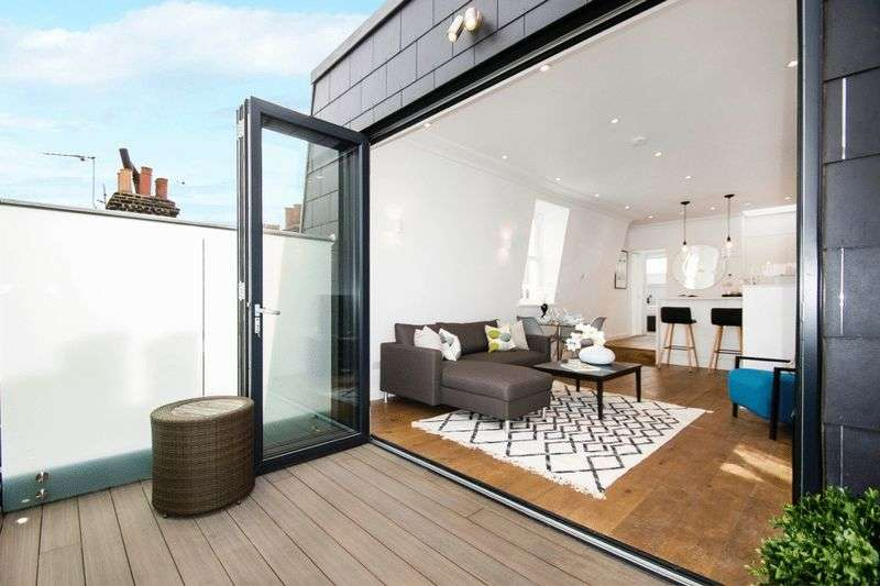 2 Bedrooms Property for sale in Latchmere Road, London