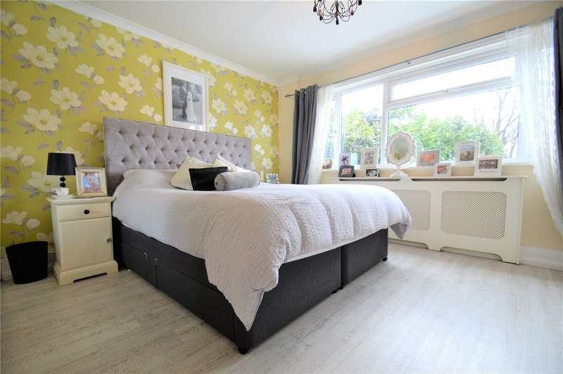 2 Bedrooms Apartment Flat for sale in Hurst View Grange, 149 Pampisford Road, South Croydon
