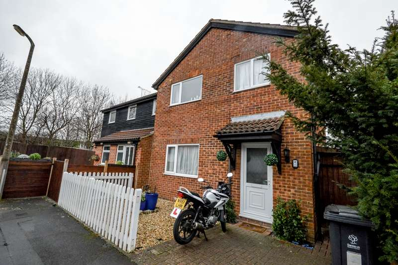 3 Bedrooms Property for sale in Westlea, West Swindon