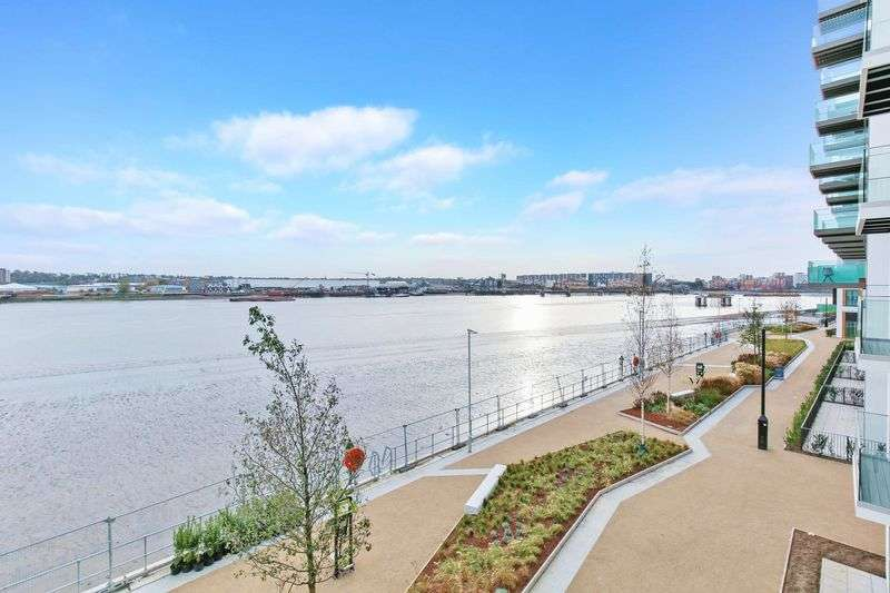 2 Bedrooms Property for sale in Liner House Royal Wharf