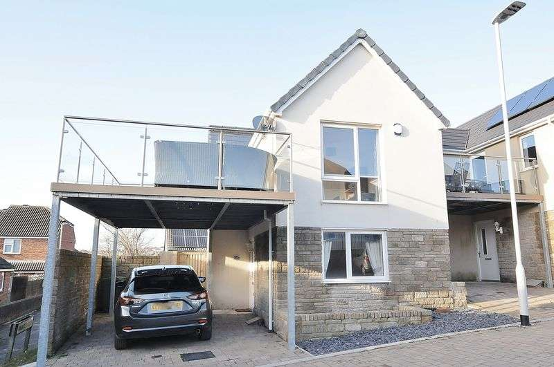 2 Bedrooms Property for sale in Grassendale Avenue, Plymouth