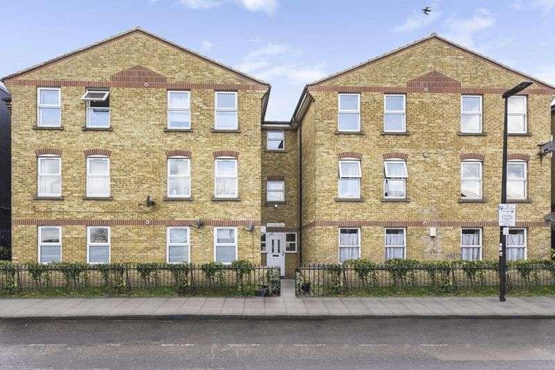 1 Bedroom Property for sale in St Leonards Street, London