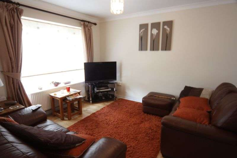 3 Bedrooms Property for rent in Community Road, Greenford