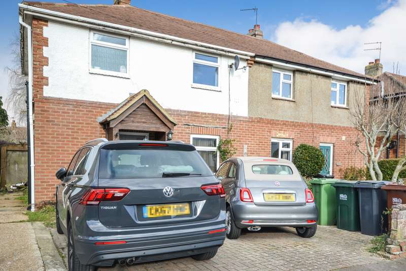 3 Bedrooms House for sale in Knoll Crescent, Eastbourne, BN22