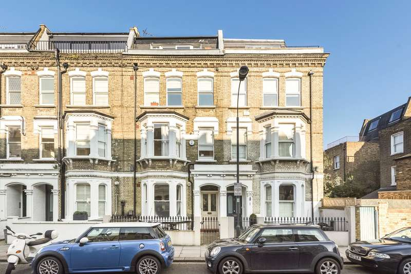 3 Bedrooms Maisonette Flat for sale in Radipole Road, Parsons Green, London, SW6