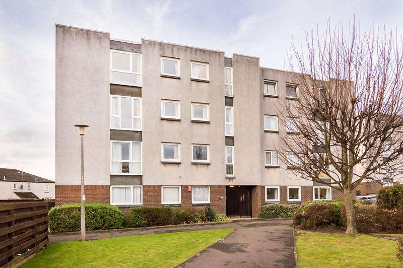 3 Bedrooms Property for sale in 15/5, Craigmount Hill, Edinburgh, Edinburgh, EH4 8HW
