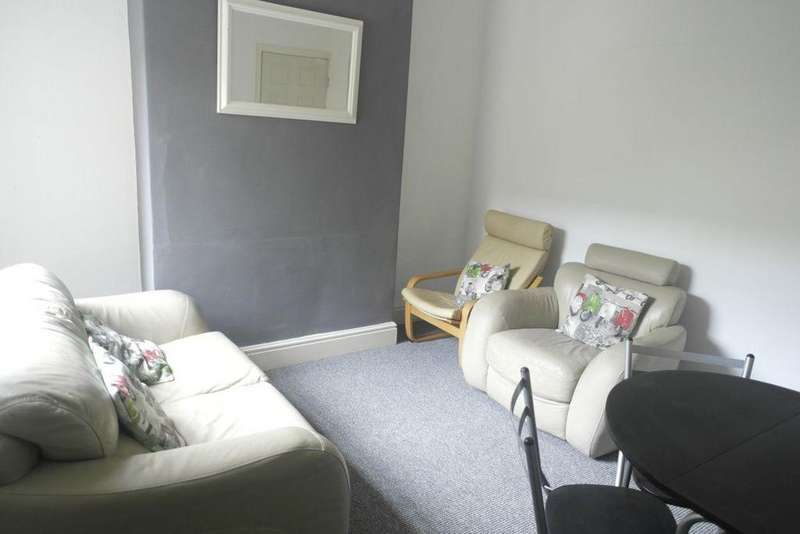4 Bedrooms House for rent in Haworth Street, Hull