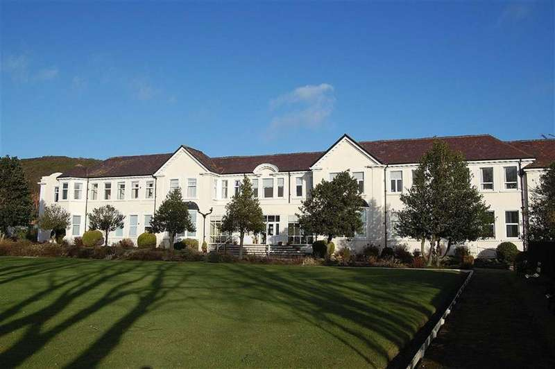 2 Bedrooms Retirement Property for sale in Deganwy Road, Llanrhos, Llandudno, Conwy