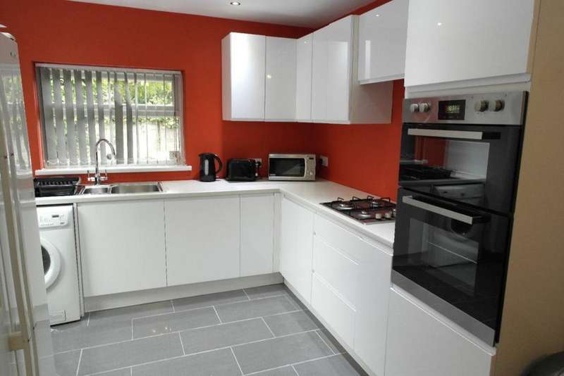 5 Bedrooms House for rent in Cranbrook Avenue, Hull