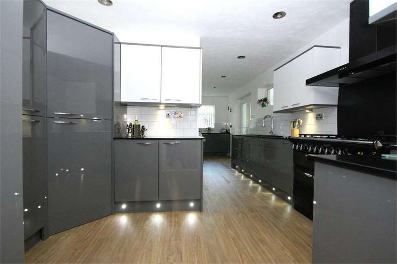 4 Bedrooms Detached House for sale in Mount View, North Ferriby, HU14
