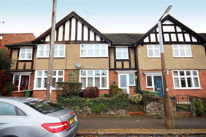 3 Bedrooms House for sale in Rudolph Road, Bushey, WD23.