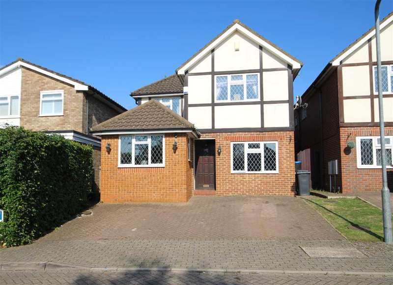 4 Bedrooms House for sale in Chartridge Close, Bushey, WD23.