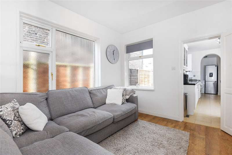 1 Bedroom Maisonette Flat for sale in High Street, Old Woking, Surrey, GU22