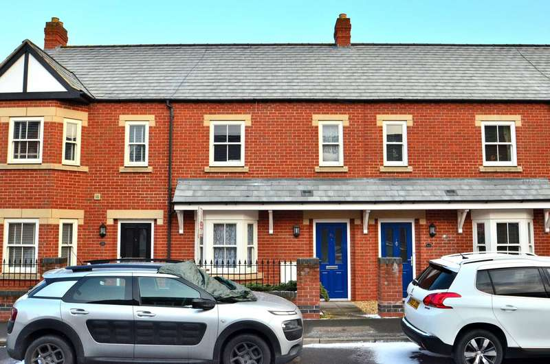 3 Bedrooms Terraced House for sale in McCorquodale Road, Wolverton