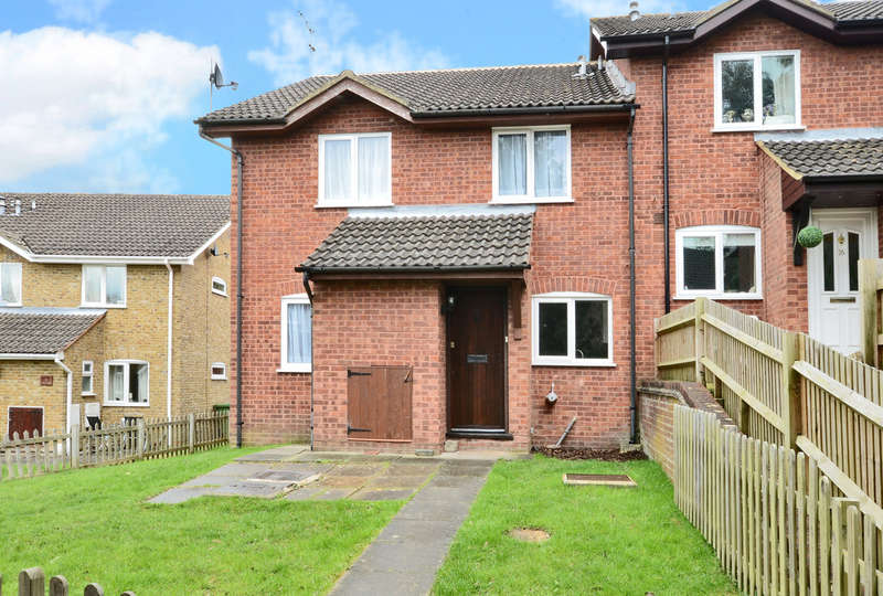 2 Bedrooms Semi Detached House for rent in Hexham Close