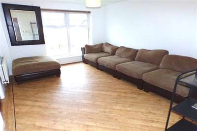 2 Bedrooms Flat for rent in Durham House, Scholars Park - Darlington