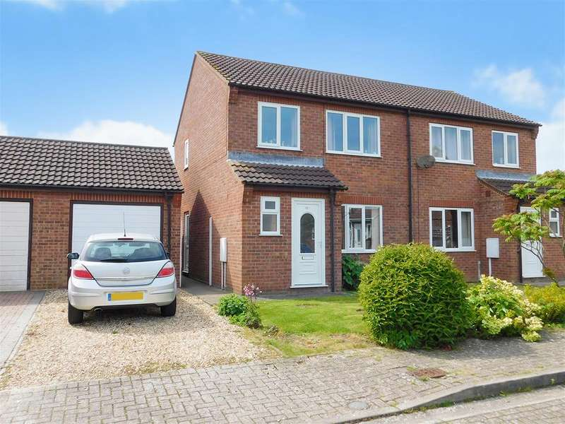 3 Bedrooms Semi Detached House for sale in Fagans Way, Skegness, Lincs, PE25 3NE