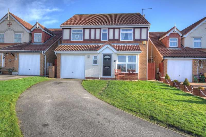 5 Bedrooms Detached House for sale in Aysgarth Rise, Bridlington, YO16 7HX