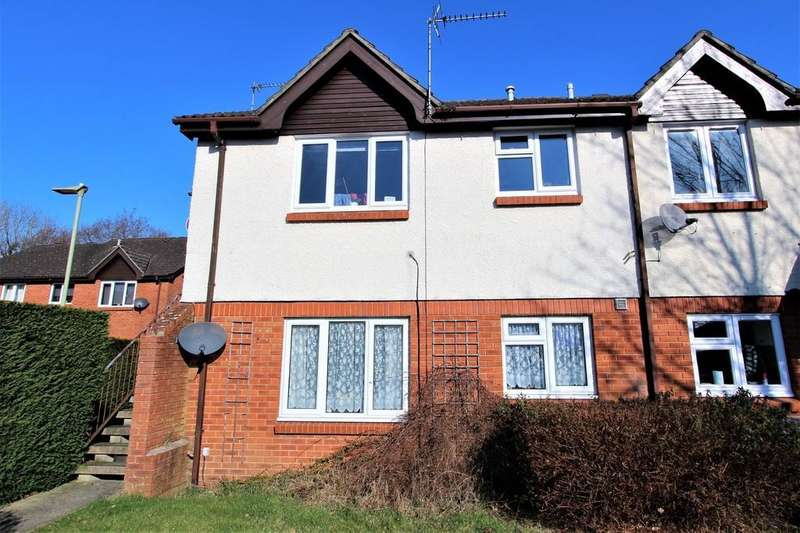 1 Bedroom Maisonette Flat for sale in Dukes Close, Petersfield, Hampshire