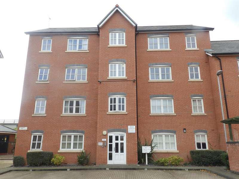 2 Bedrooms Apartment Flat for sale in Grosvenor Wharf Road, Ellesmere Port, CH65 4AL