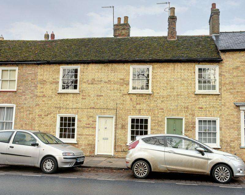 2 Bedrooms Terraced House for sale in St Marys Street, Ely