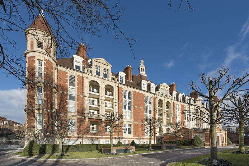 3 Bedrooms Apartment Flat for sale in MOUNT VERNON, FROGNAL RISE, HAMPSTEAD VILLAGE, NW3