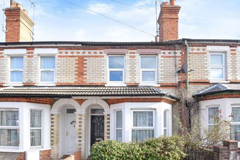 3 Bedrooms House for sale in St. Edwards Road, Reading, Berkshire, RG6