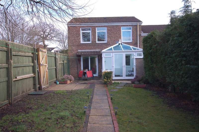 3 Bedrooms Semi Detached House for sale in Langford Way, Bristol, BS15 9PD