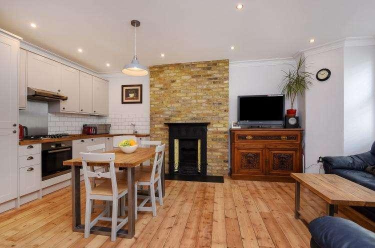 2 Bedrooms Flat for rent in Wickham Road Brockley SE4
