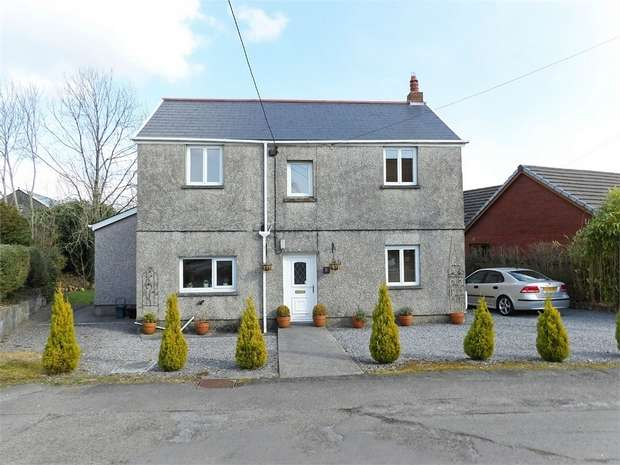 3 Bedrooms Detached House for sale in Cefn Road, Gwaun Cae Gurwen, Ammanford, West Glamorgan