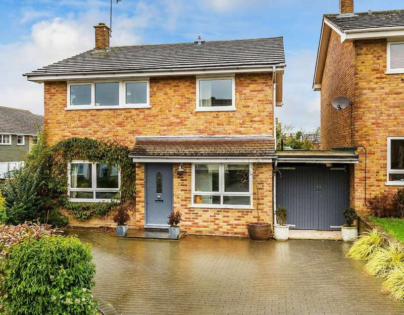 4 Bedrooms Detached House for sale in Farm Lane, Tonbridge