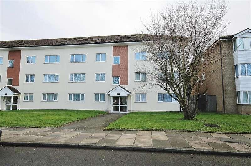 3 Bedrooms Flat for sale in Byron Way, Northolt, UB5 6BA