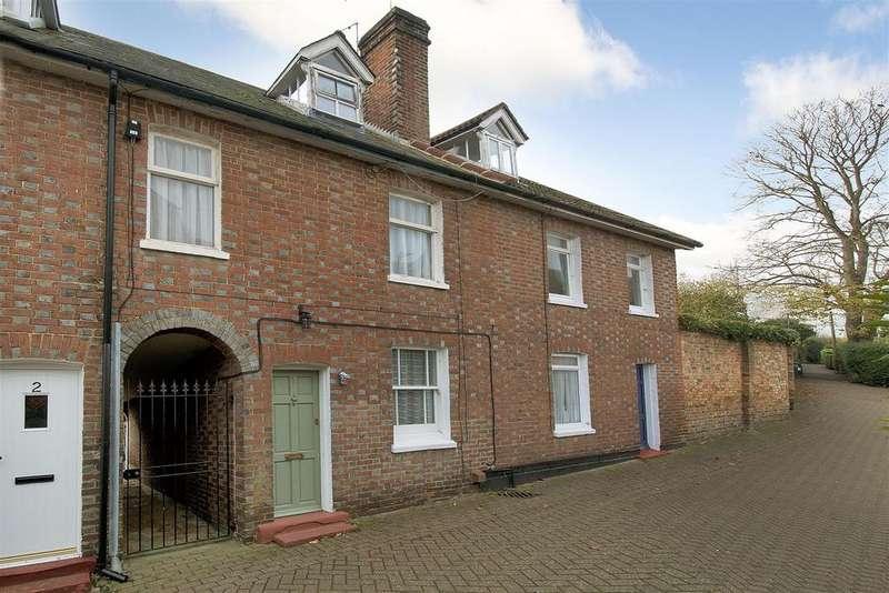 3 Bedrooms Terraced House for sale in School Lane, Hadlow, Tonbridge