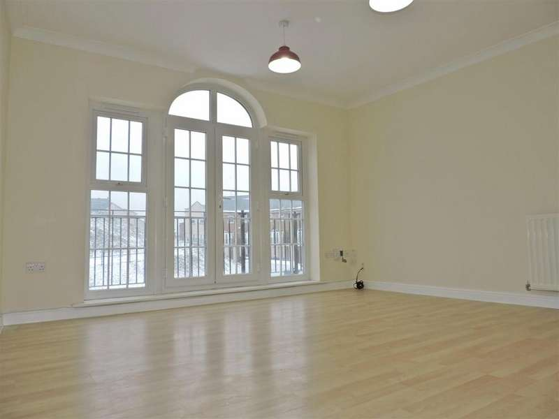 2 Bedrooms Flat for sale in Palladian Circus, Greenhithe, DA9 9FS
