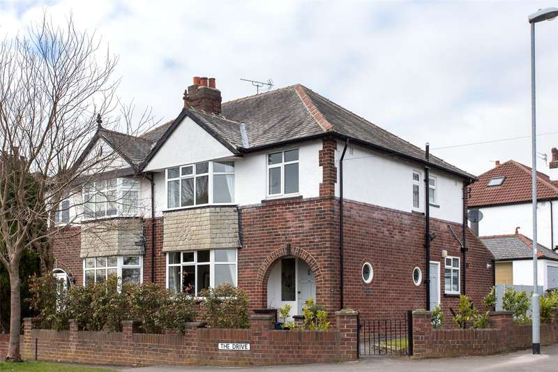 3 Bedrooms Semi Detached House for rent in The Drive, Alwoodley, Leeds, West Yorkshire, LS17