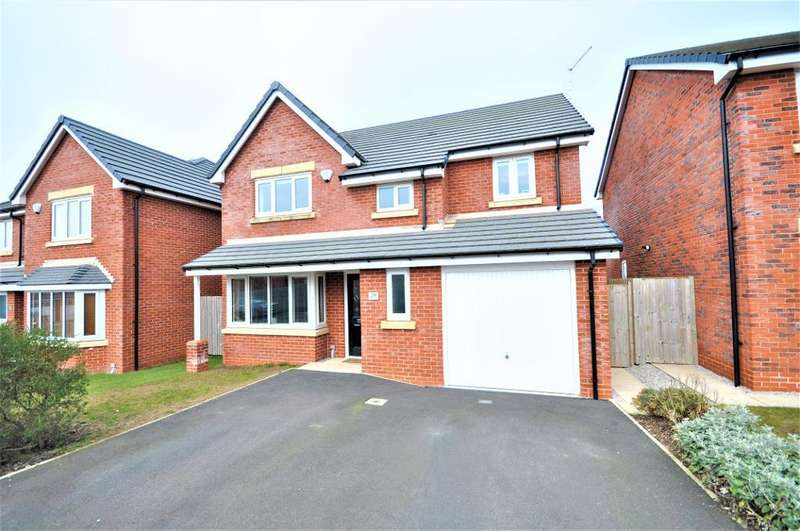 4 Bedrooms Detached House for sale in Benedict Drive, Normoss, Blackpool, Lancashire, FY3 0AF