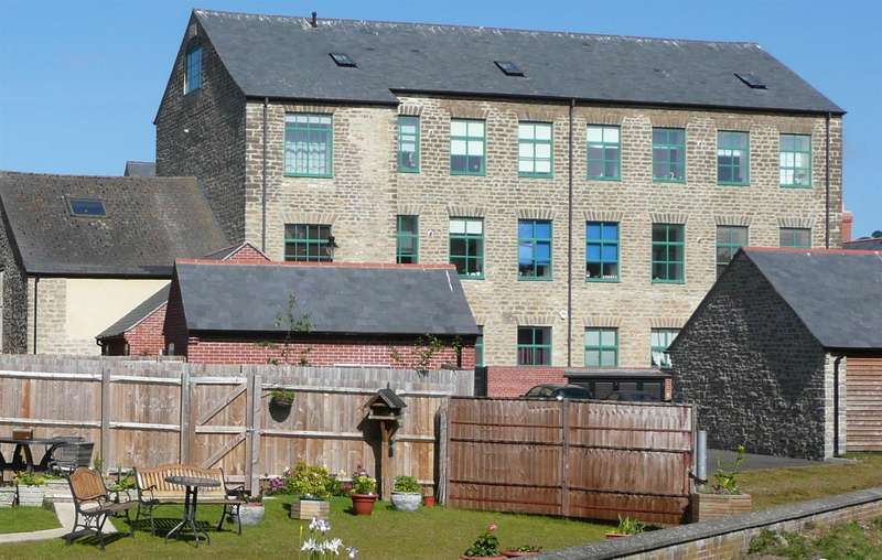 2 Bedrooms Property for sale in Priory Mills, Priory Lane, Bridport