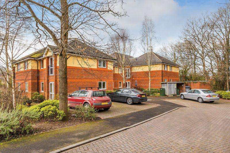 2 Bedrooms Apartment Flat for sale in Cavendish Place, Guildford