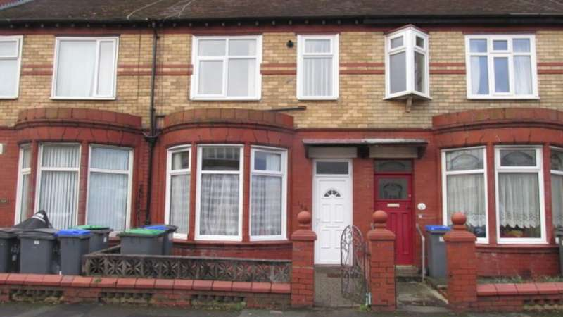 3 Bedrooms Block Of Apartments Flat for sale in Red Bank Road, Bispham
