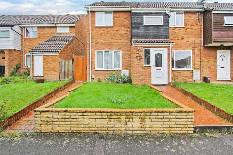 3 Bedrooms Detached House for rent in Chase Hill Road, Arlesey