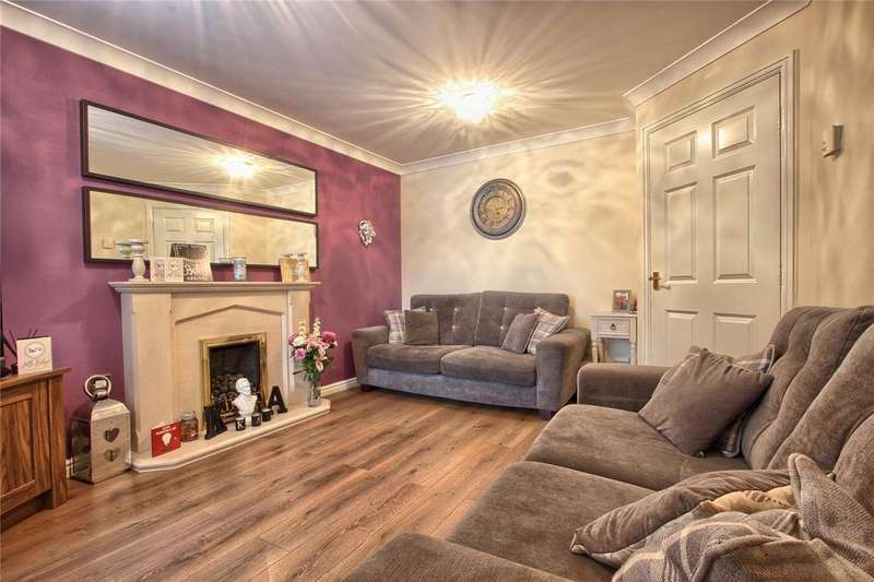 3 Bedrooms Detached House for sale in Tenby Road, Redcar