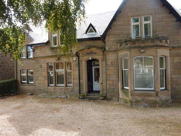 2 Bedrooms Flat for rent in Bo'ness Road, Grangemouth