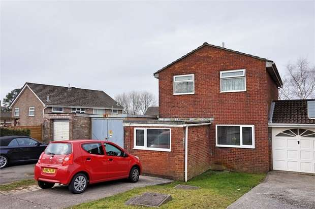 3 Bedrooms Detached House for sale in Greenwood Drive, Cimla, NEATH, West Glamorgan