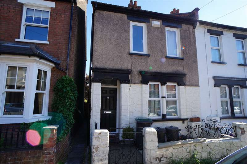 2 Bedrooms Semi Detached House for sale in Bartlett Road, Gravesend, Kent, DA11