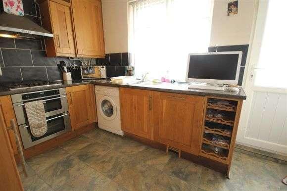 2 Bedrooms Terraced House for sale in Torrisholme Road, Liverpool