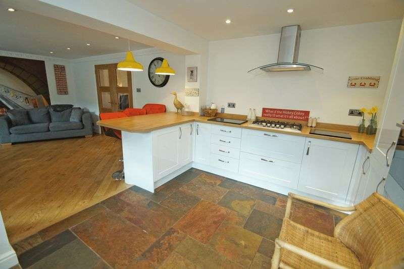 3 Bedrooms Property for sale in Ditton Grove, Birmingham