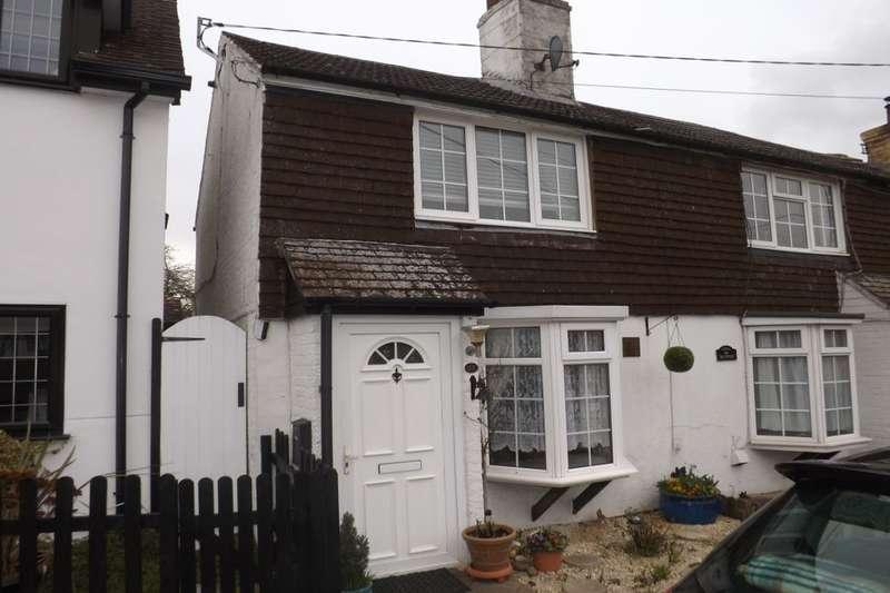 2 Bedrooms Property for sale in Wellhead Road, Totternhoe, Dunstable, LU6