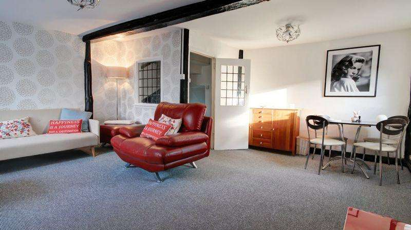 3 Bedrooms Maisonette Flat for sale in Alphington Road, Exeter