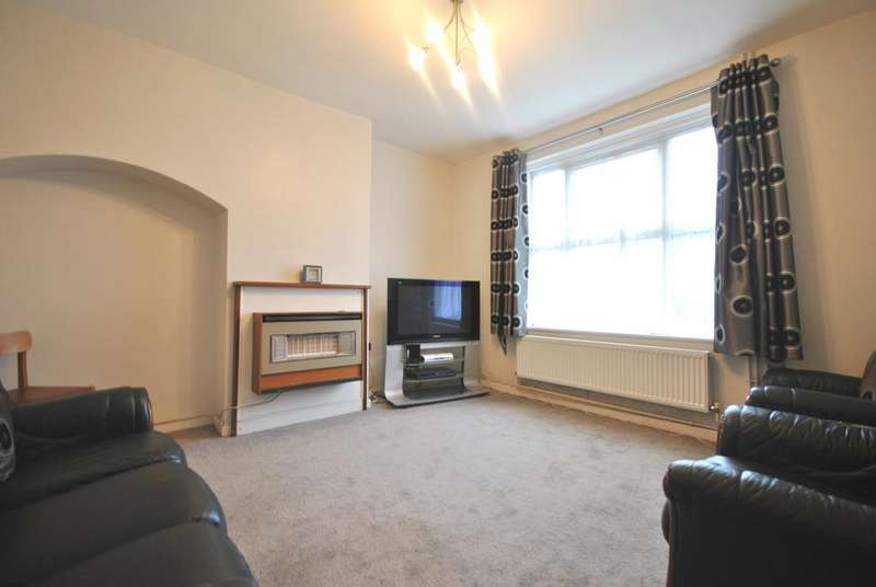 2 Bedrooms Terraced House for sale in Capstone Road Bromley BR1